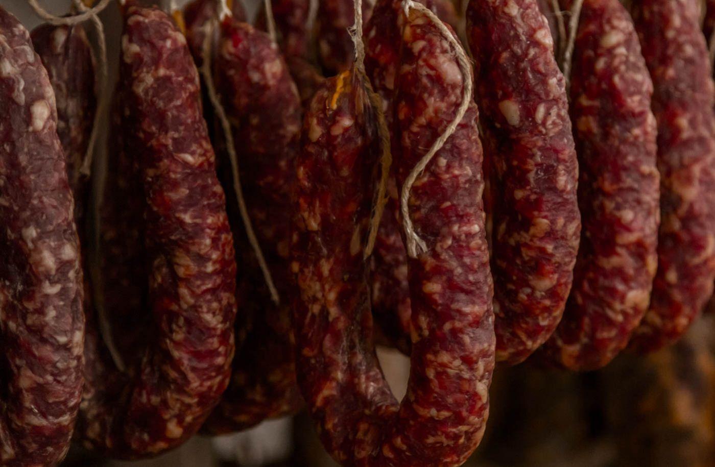 Stirrup salami during the maturing phase